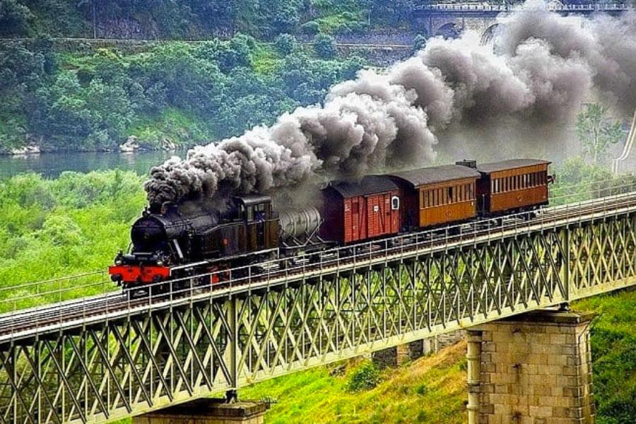 Trem histórico Rio Douro - Portugal