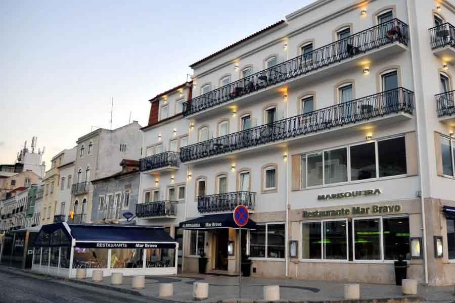Hotel Mar Bravo Nazaré